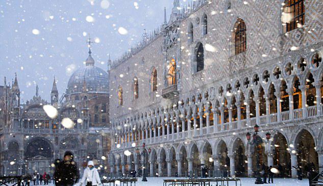 A Winter Evening in Venice