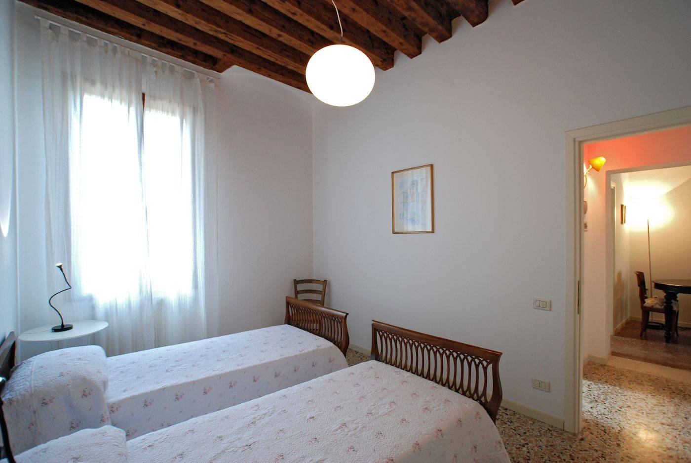 Bragora truly Venetian home with great view