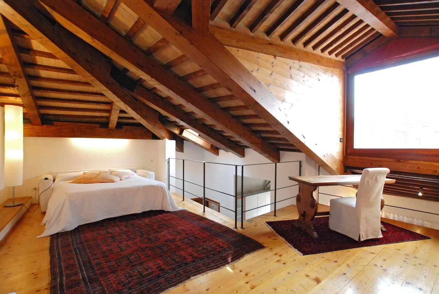 Greci Loft central, spacious and light