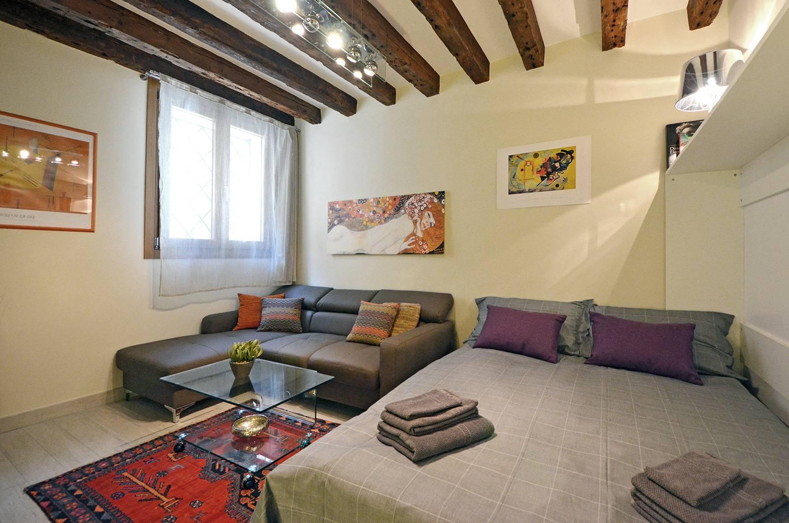 Cà Pesaro Suite