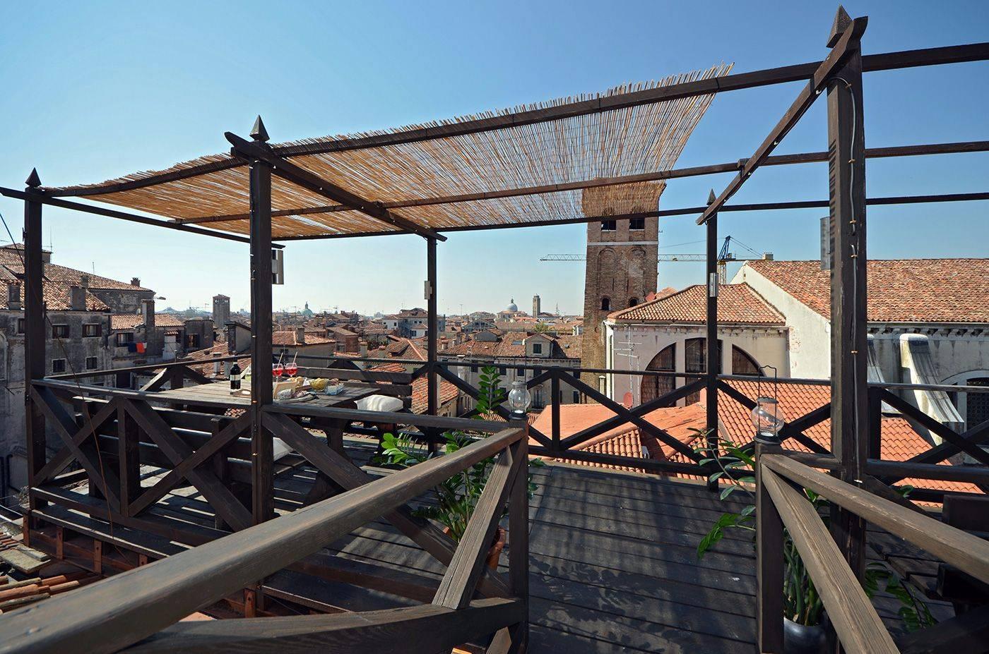 Cà Pesaro Terrace