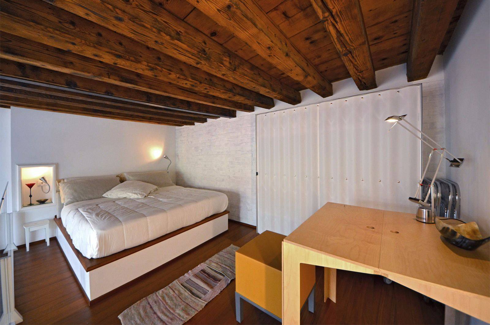 San Trovaso Loft